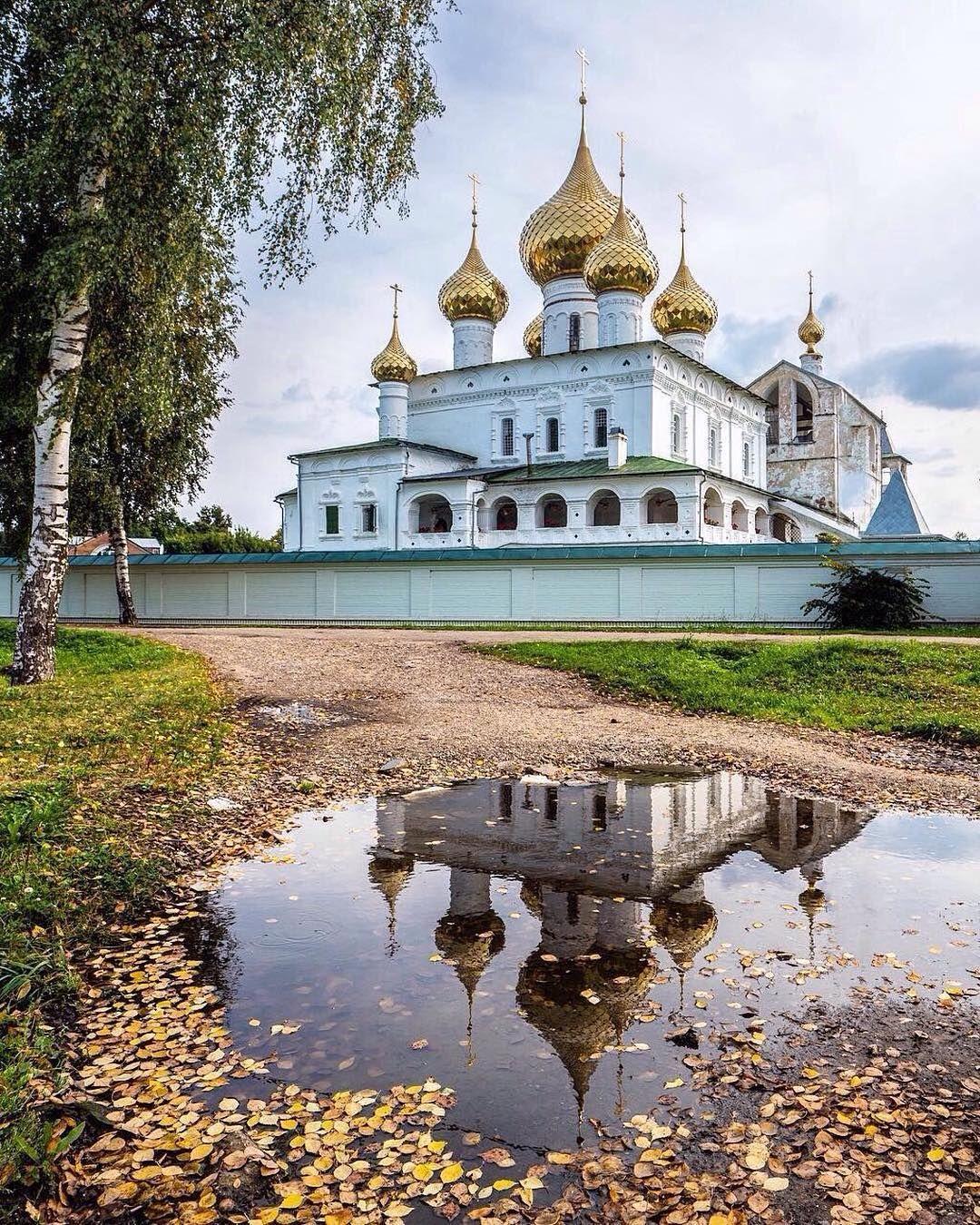 Деревянный монастырь картинки этом минигороде