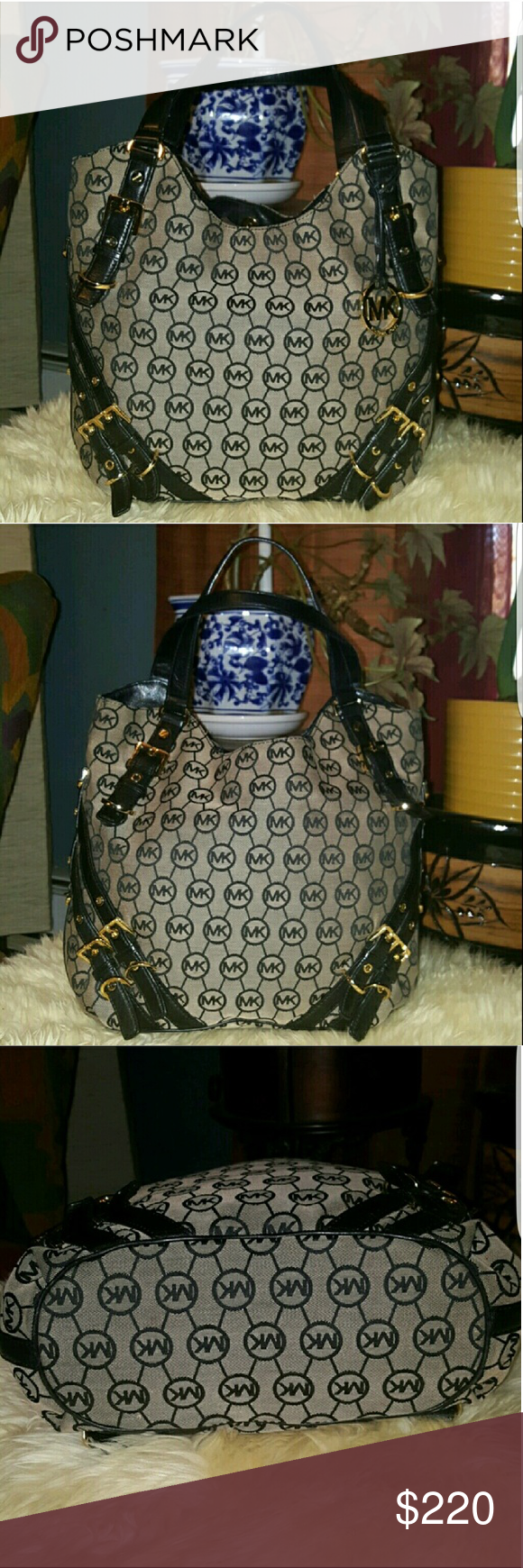 Michael Kors purse Awesome condition,  no flaws what so ever. Inside is pristine and handles have no signs of wear. Bags Satchels