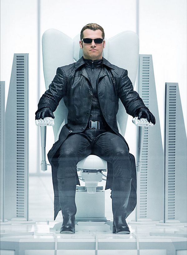 shawn roberts vs albert wesker