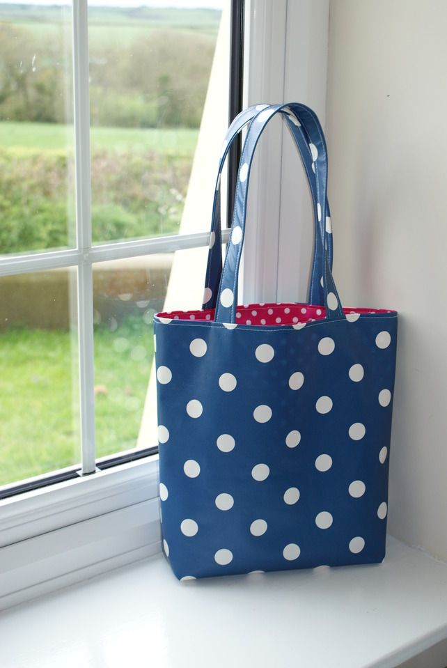 Polker Dot Tote Bag - Oil Cloth | Sew, Sew, Fun | Pinterest