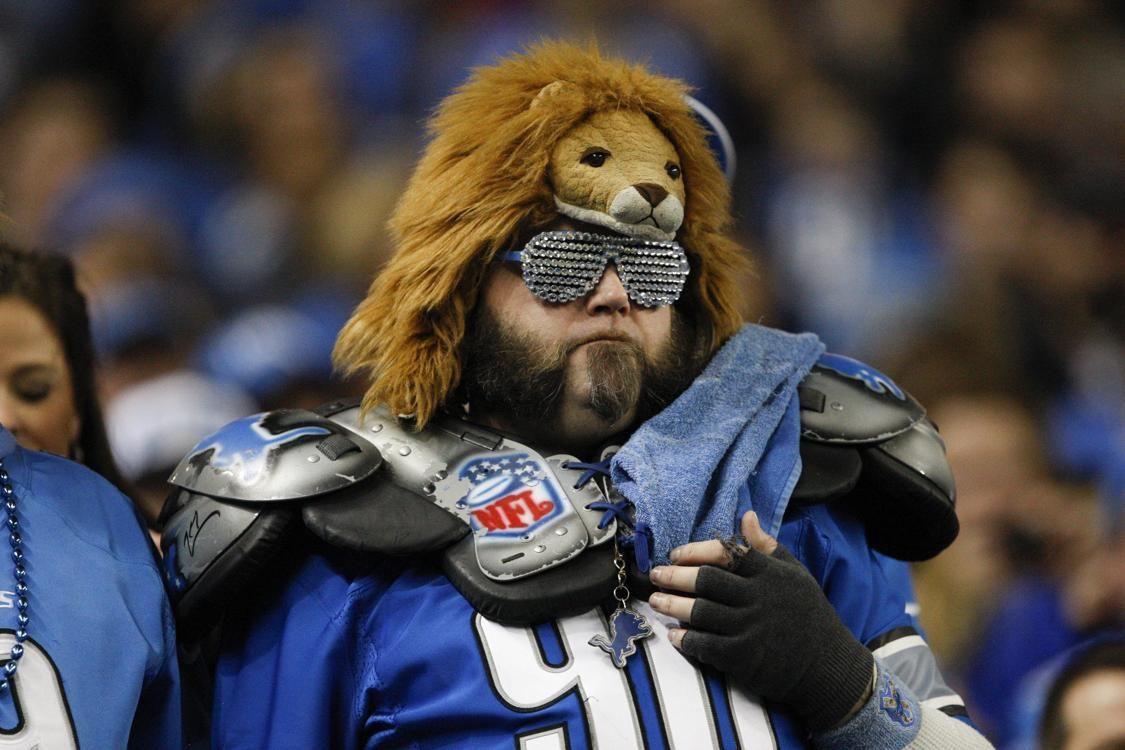 Detroit Lions fan. Nfl fans, Fan, Football fans