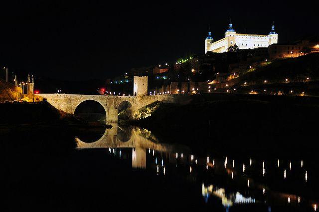 ALCAZAR DE TOLEDO, ESPAÑA. DESDE PUENTE DE AZARQUIEL. | Flickr: Intercambio de fotos