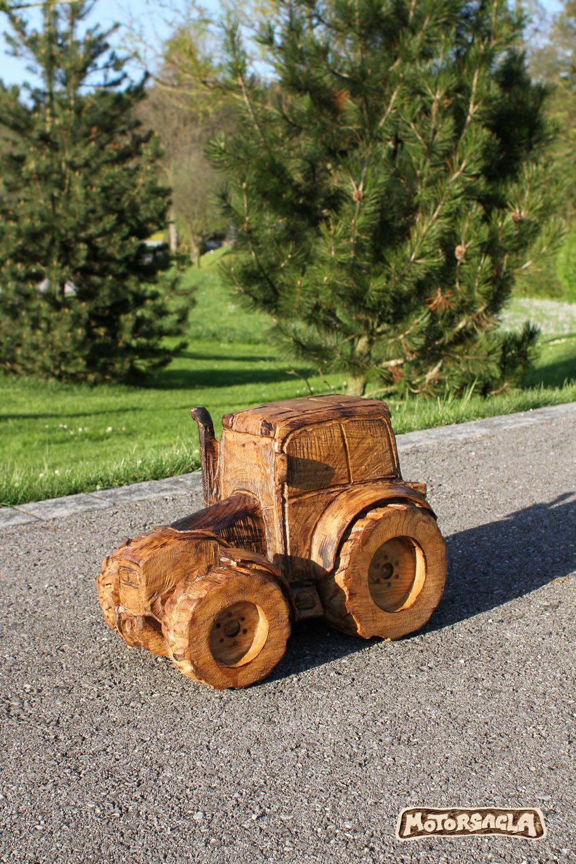 traktor material eiche motors ge holz carving. Black Bedroom Furniture Sets. Home Design Ideas