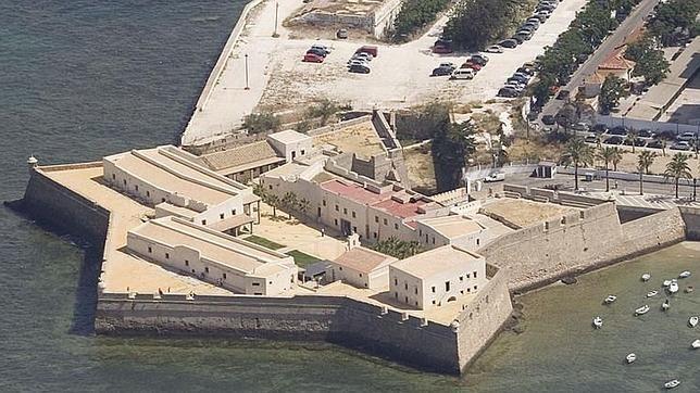Los mejores castillos para visitar en la provincia de Cádiz ...