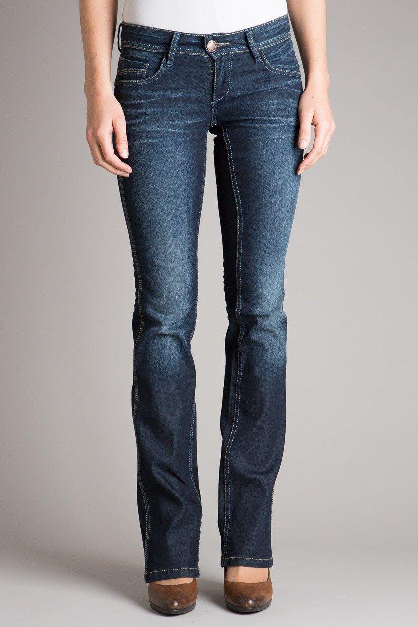 Jeans femme bootcut Bora: coton bio et entreprise orientée environnement.