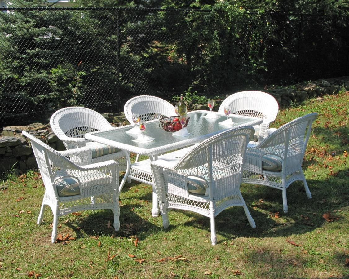 Excellent Resin Wicker Dining Set Cape Cod Set Of 7 White Wicker Alphanode Cool Chair Designs And Ideas Alphanodeonline