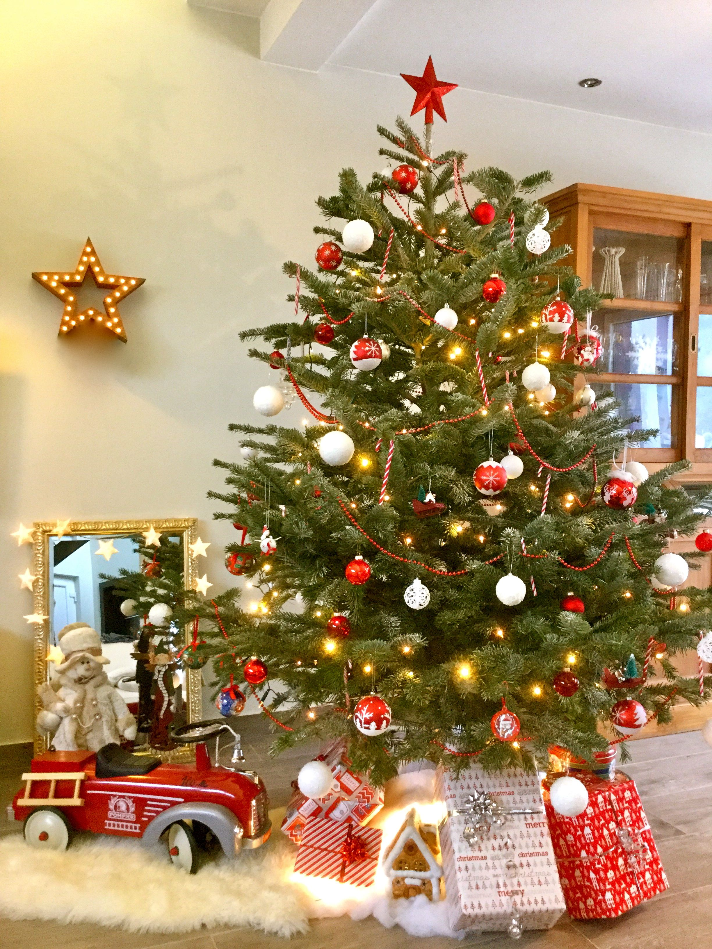 100 Remarquable Suggestions Sapin De Noel Decoration Traditionnelle