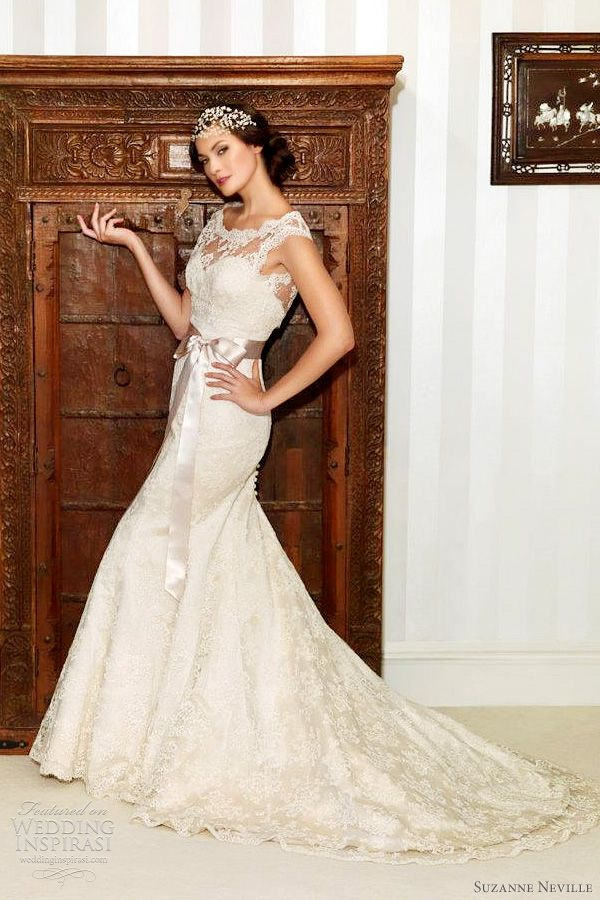 Wedding dress lace fishtail vintage