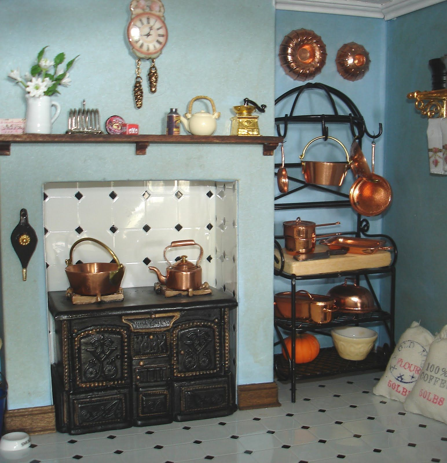 Carolyn\'s Little Kitchen. Beautiful copper pots, and this was her ...