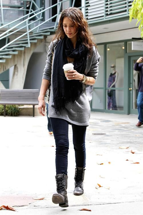 021a9a8a0 need an oversize grey sweater with combat boots   My Style   Combat ...