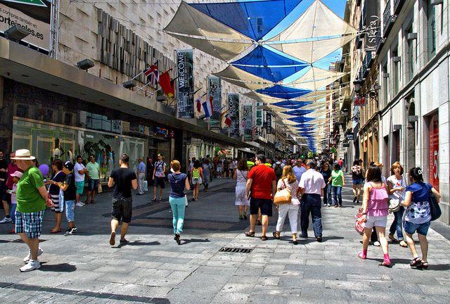 Calle Preciados Madrid Centro 041 By Druidabruxux Via Flickr Madrid Madrid Spain Spain Travel
