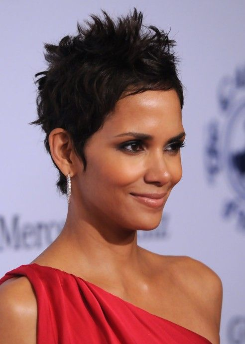 Halle Berry Short Hairstyles halle berry to headline extant on cbs Halle Berry Hairstyle Side View Of Black Pixie Cut