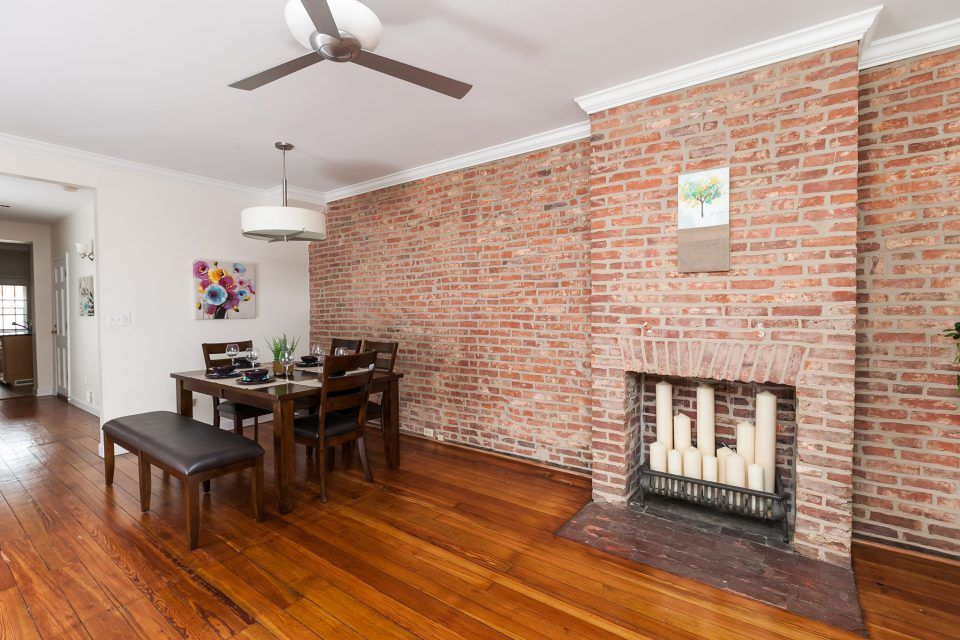 How To Remove Plaster From Brick How To Build It Exposed Brick Brick Interior Wall Painted Brick Walls