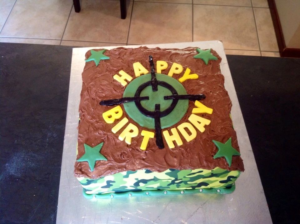 Camo Birthday Cake For Outdoor Laser Combat Party Fondant Target Stars And Happy Letters Bar One Spread The Top Edible Camouflage