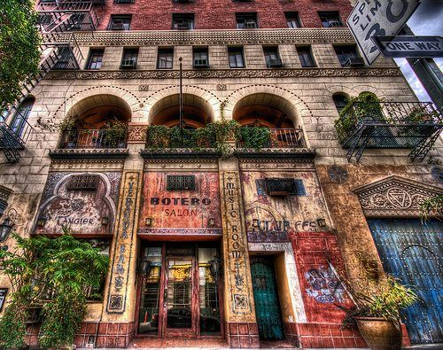 Hotel Figueroa Los Angeles This Is An Old Time Hotel From The
