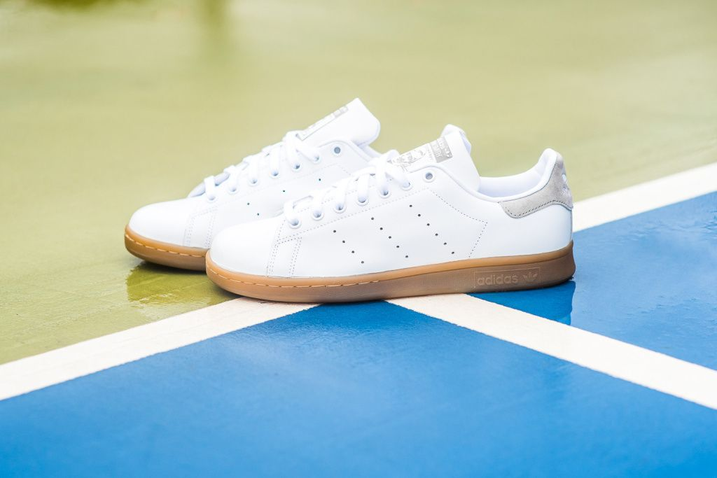 adidas Originals sort sa nouvelle Stan Smith White Gum 803c01821
