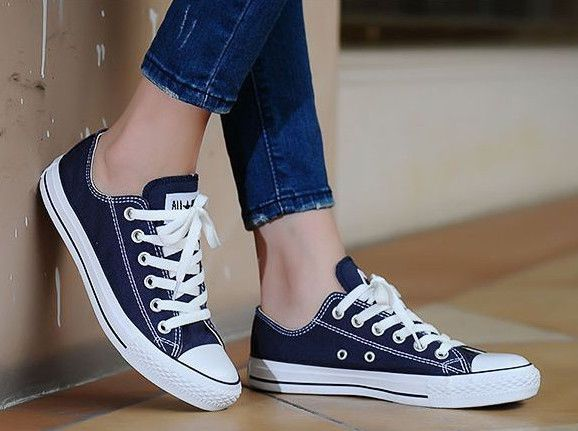 Converse Womens Shoes 6.5 Navy All Star