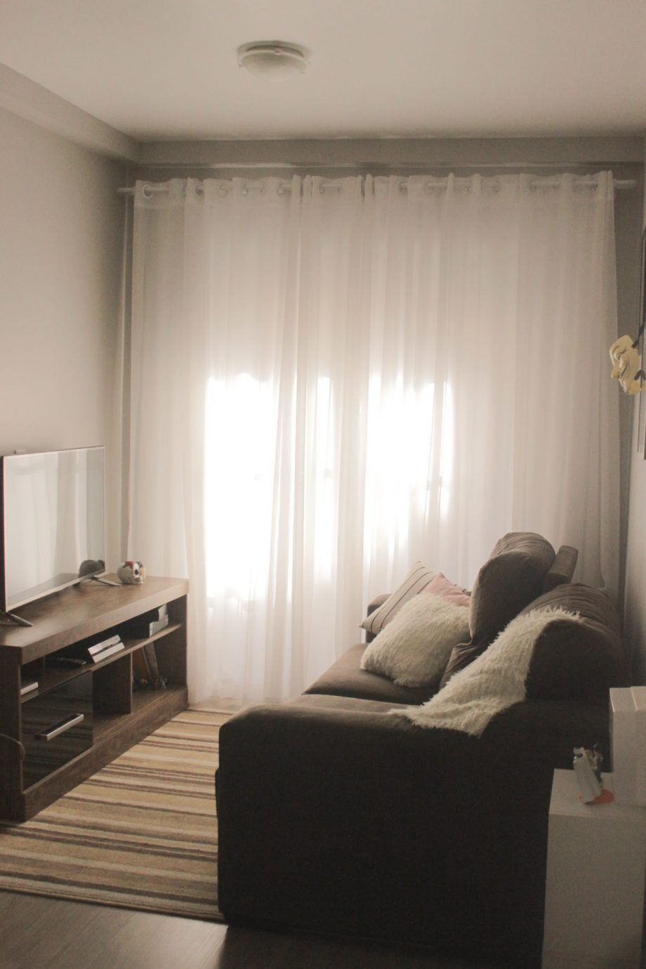 Cortina Eu Costurei Cortina Da Sala Branca Ate O Chao Cortina  ~ Cortinas De Luxo Para Quarto E Quarto Amarelo E Branco