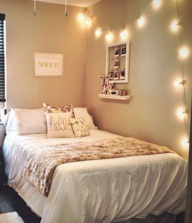 Dorm room decorating ideas by style dorm room and college - Gold bedroom ideas ...
