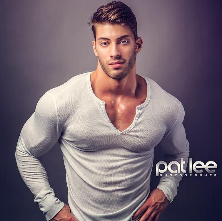 Alex Davis 21 Year Old Fitness Model and Bodybuilder - Part 1