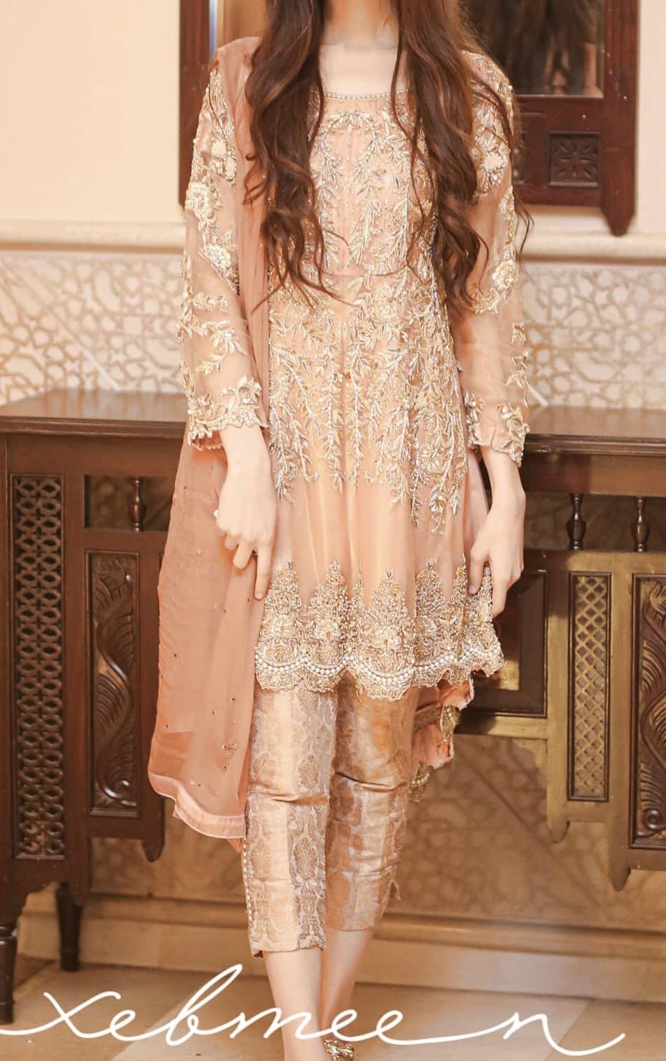At A Valima In 2020 Indian Fashion Dresses Pakistani Dresses Party Pakistani Fancy Dresses