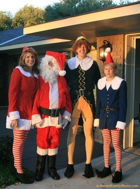 Funniest Family Christmas Portraits