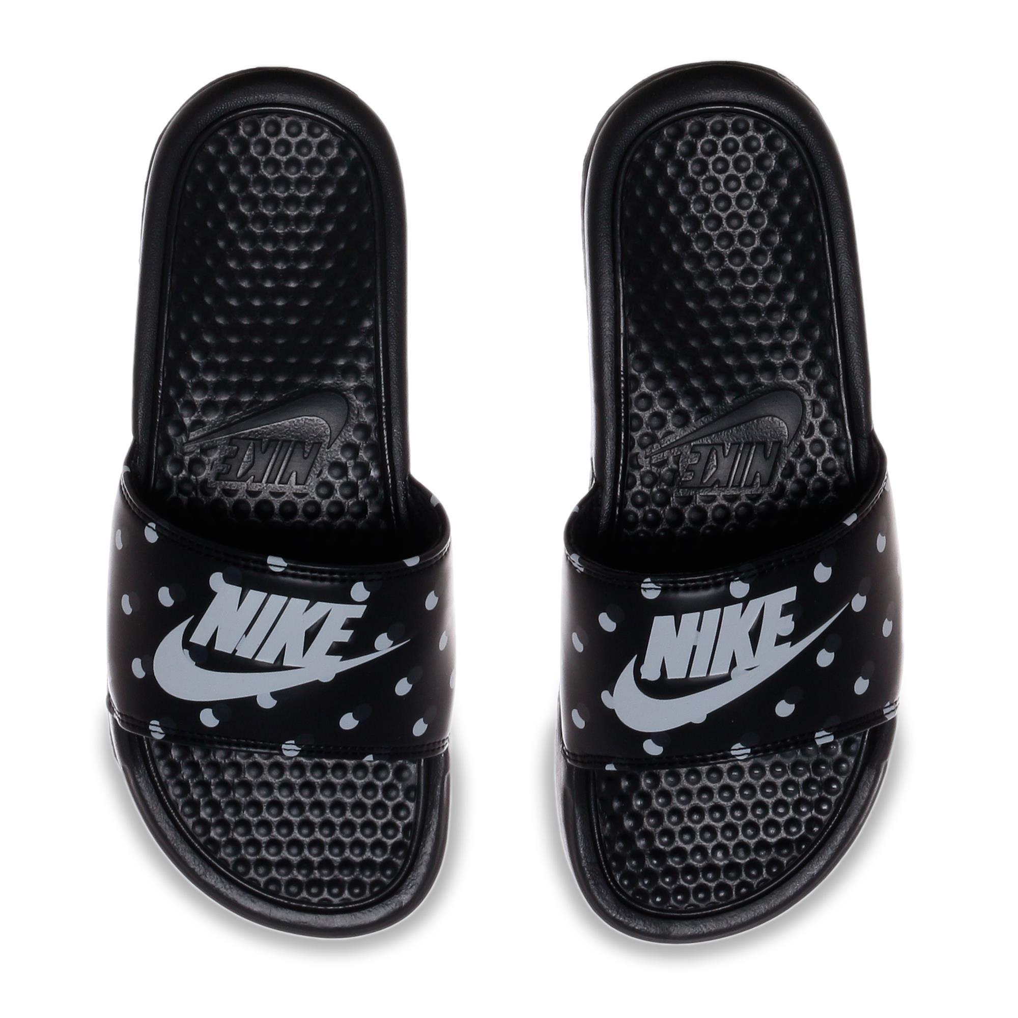 competitive price 2158a d1c84 Sandália Nike Benassi Jdi Print Feminina  Nike