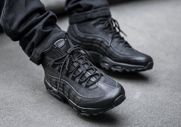 sports shoes 11655 0cc4d Nike Air Max 95 Mid Sneakerboot Black