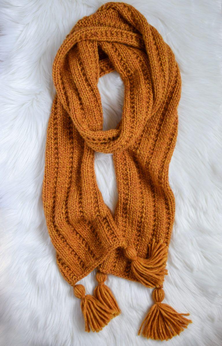 Garter Rib Knit Scarf - Free Pattern in 2020 | Knit scarf ...