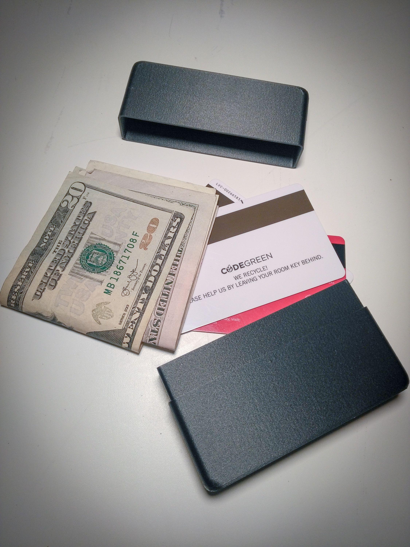 Cashcase 3d printed carbon fiber wallet hard case