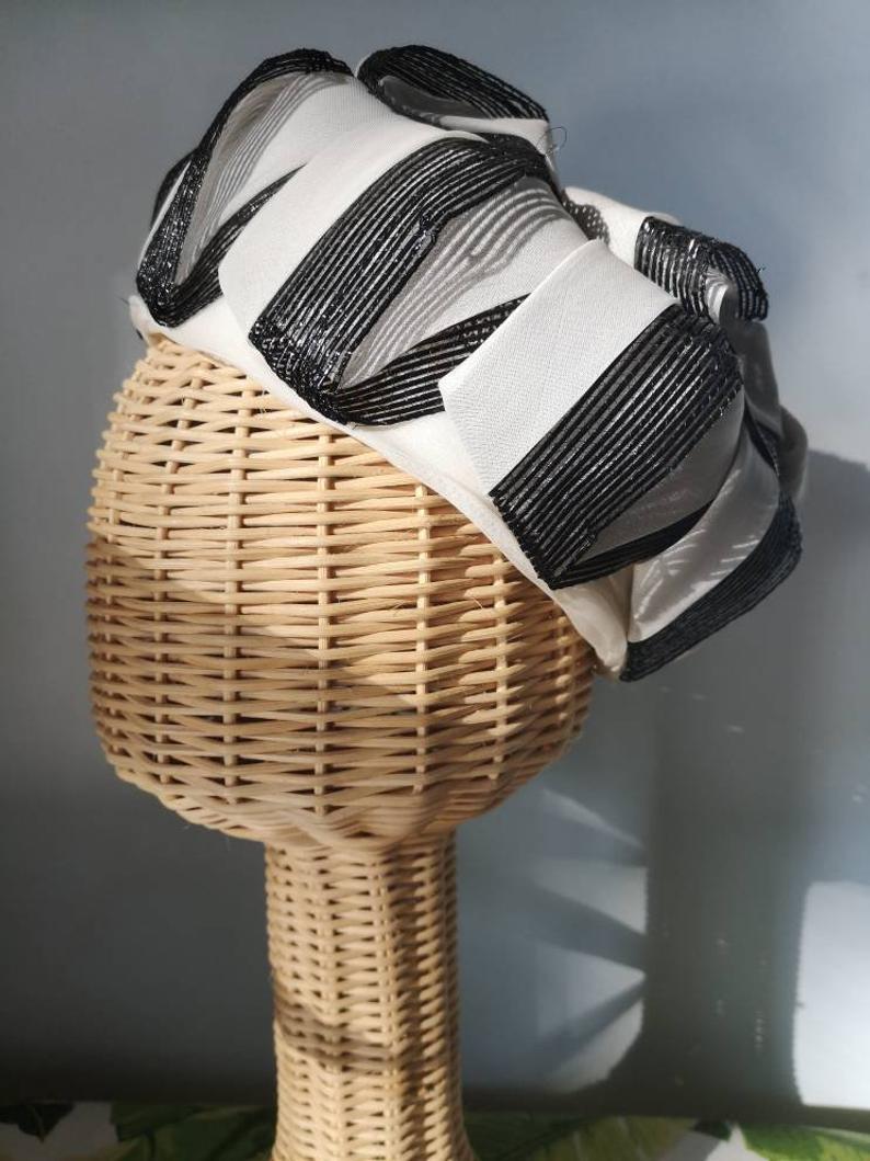 Vintage Designer Hat By Ellen Faith Black And White Paris New Etsy Hat Designs Vintage Ribbon Vintage Accessories