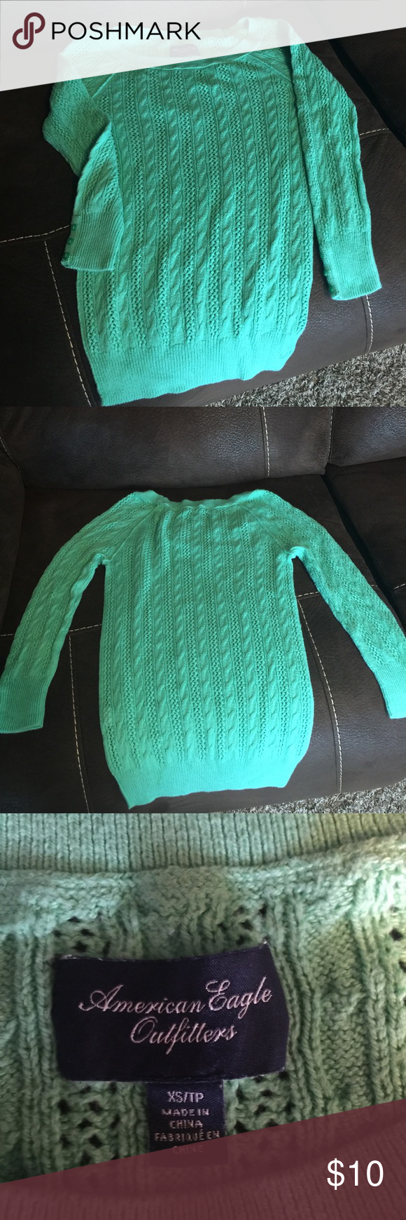 American Eagle sweater Very cute American Eagle sweater. Good condition, no stains only worn several times American Eagle Outfitters Sweaters Crew & Scoop Necks