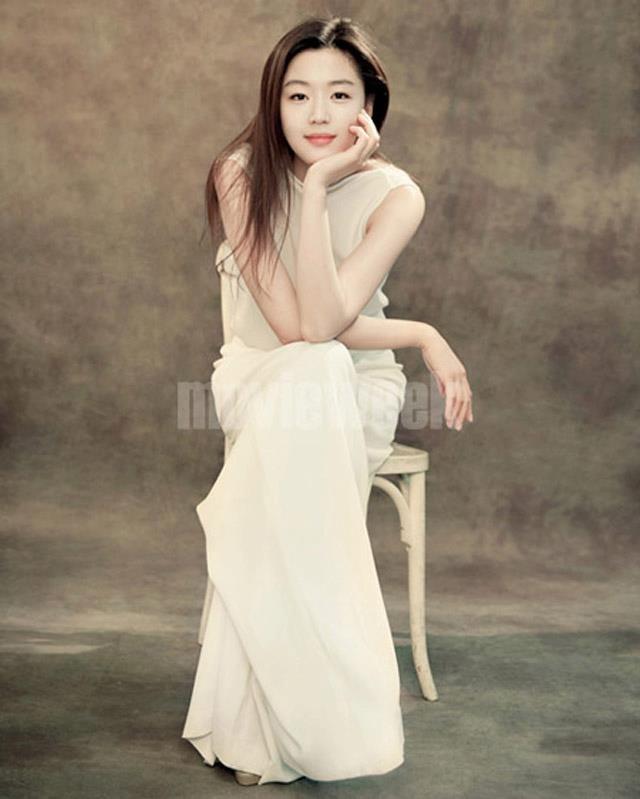 Wedding Korean Star: Gianna Jun (Jun Ji Hyun)