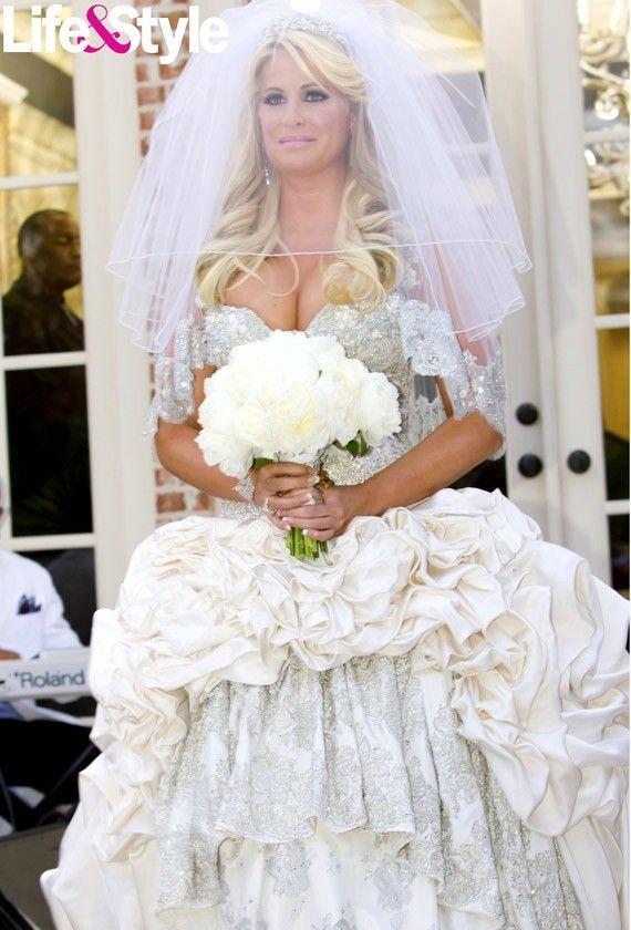 Real Housewife Of Atlanta Kim Zolciak S First Wedding Dress A