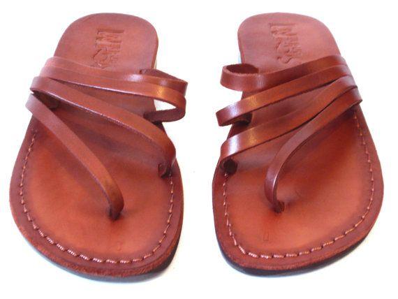 VENTA Nuevas sandalias de cuero con tirantes. por Sandalimshop