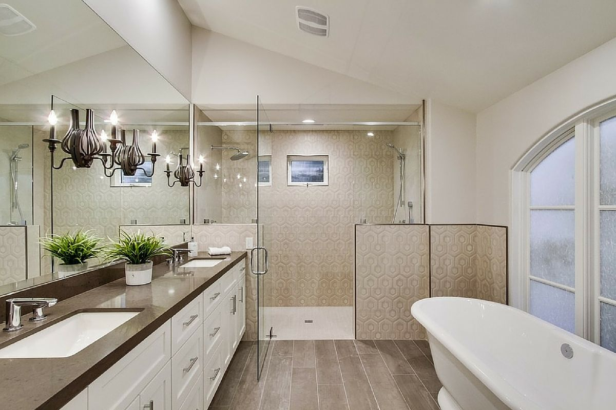 bathroom design with wood look porcelain tile floor brown