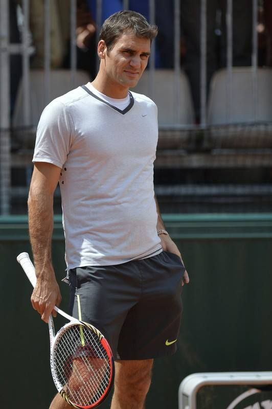 Love The New Haircut Roger Federer Roger Federer Family Tennis Players Female