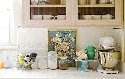 Brabourne Farm: Pretty Vintage Kitchens