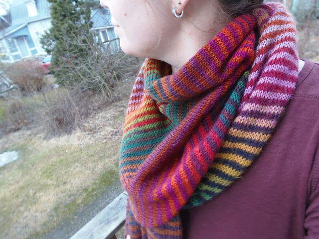 Lankaterapiaa: Hyvän mielen raitahuivi - Lifelines shawl