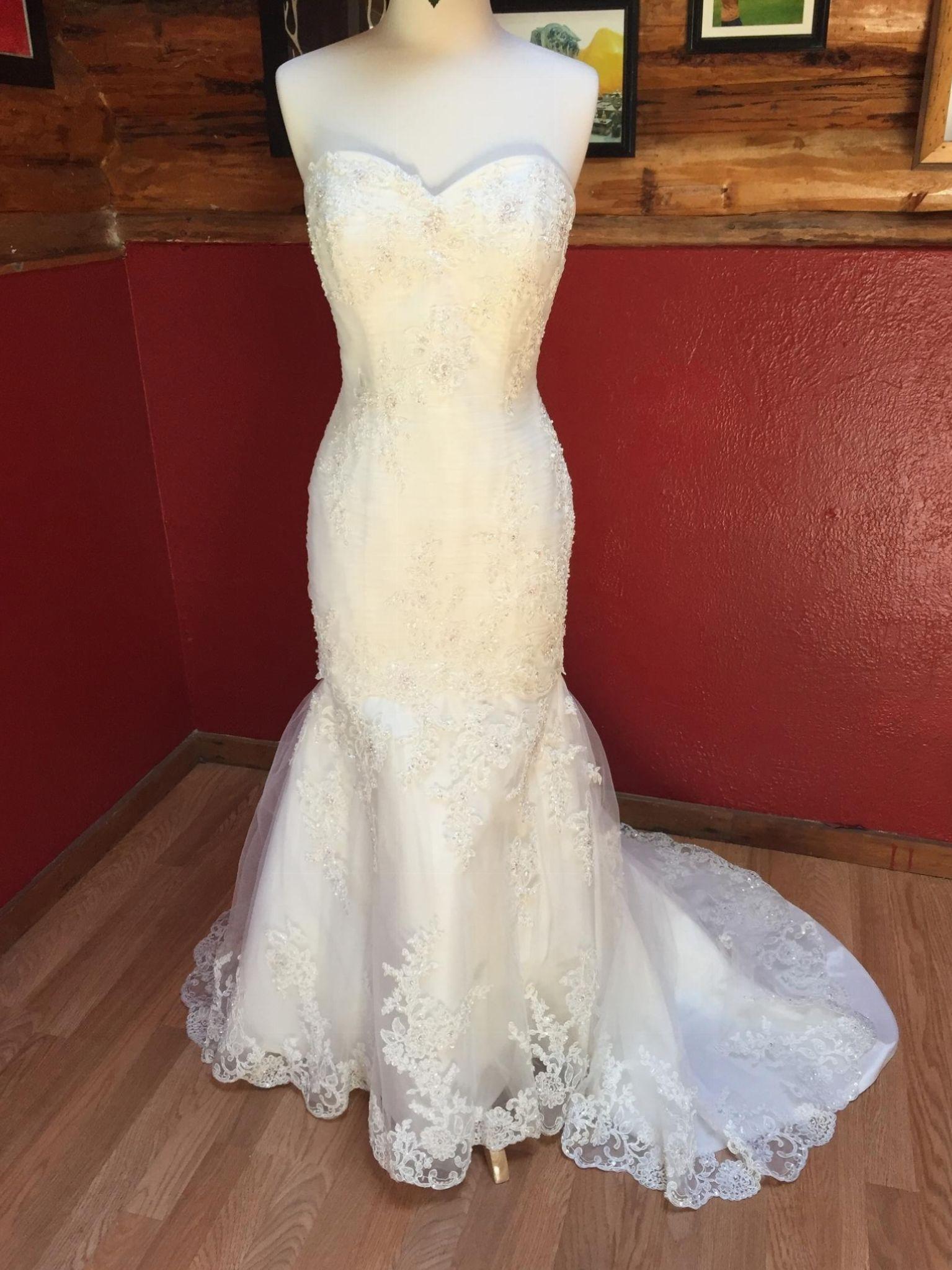 Demetrios lace mermaid size used wedding dresses