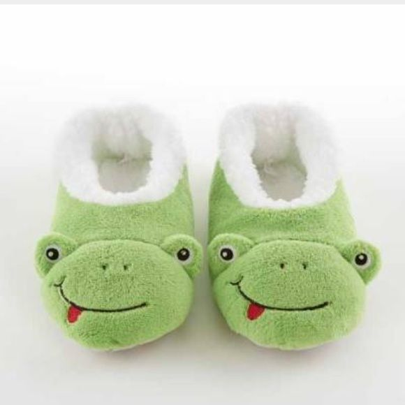 a6f1a0298cf Frog snoozie slippers Super fun slippers! So comfortable and silly Never  worn in brand new condition. Bnwot. Size medium (fits shoe size 7-9)   listed under ...