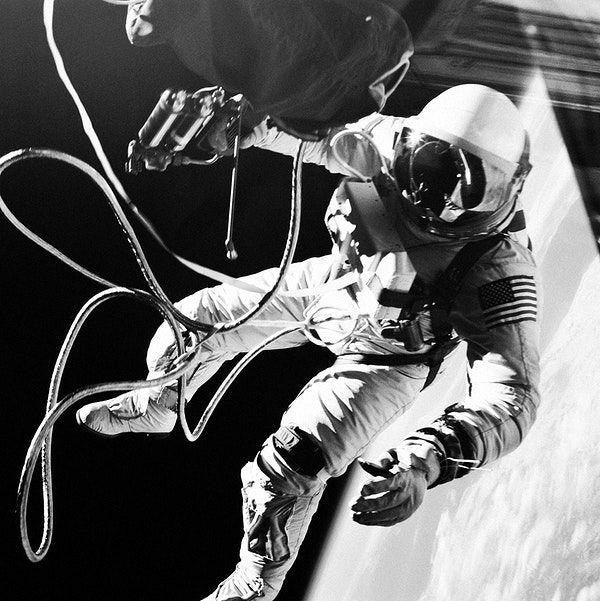 Astronaut Edward H. White II, floats in the zero gravity ...