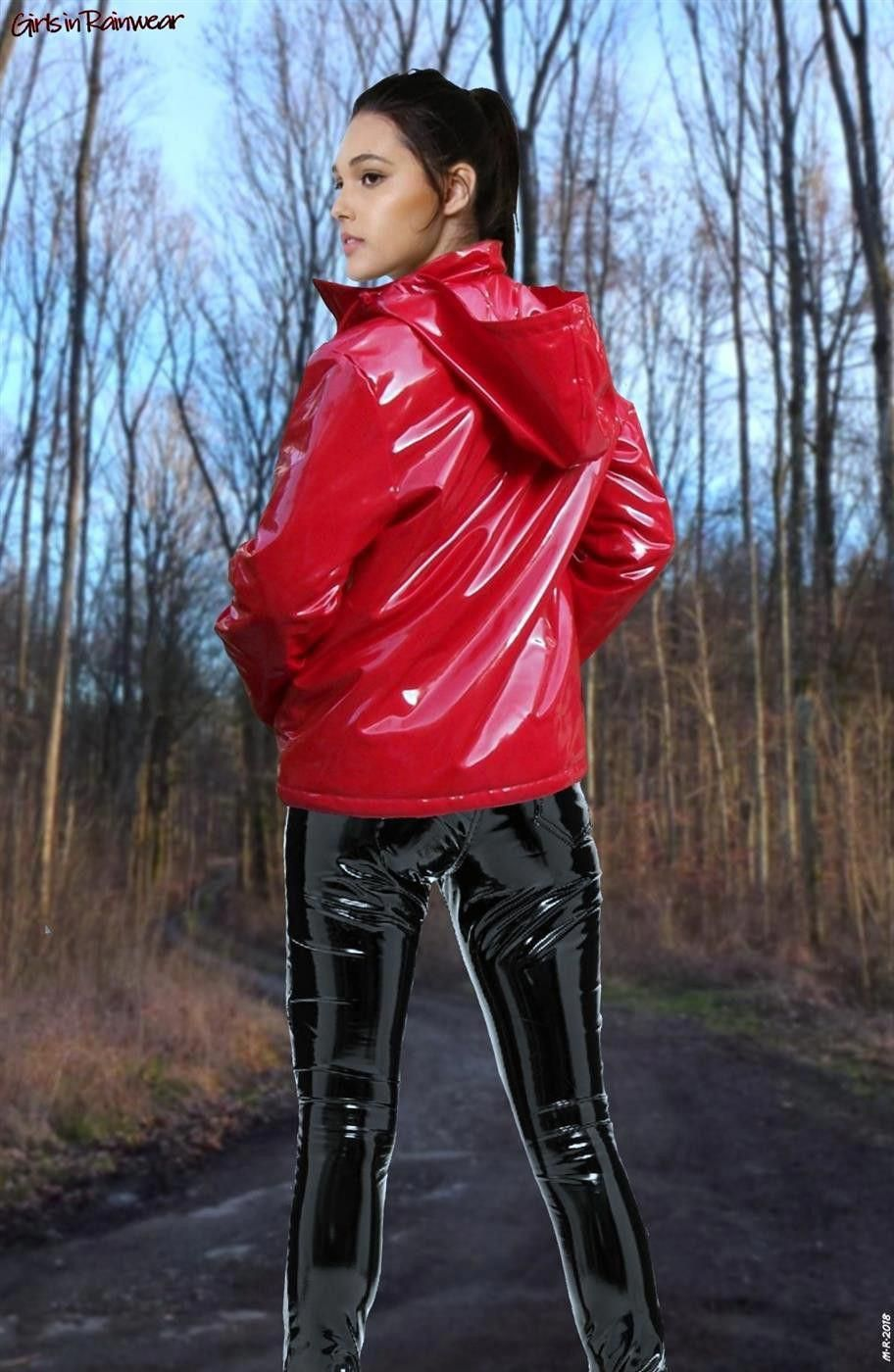 Vinyl Regenjacke in Rot   Shiny PVC and Latex Pants in 2019