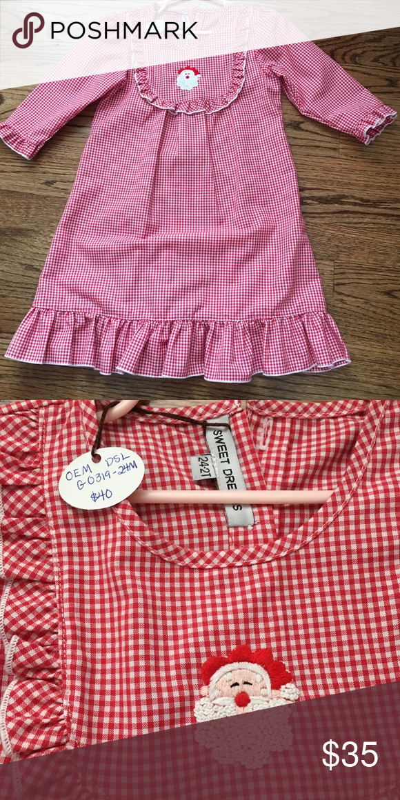 Santa Gown NWT! Red & white gingham gown with embroidered Santa. Size 2t. Pajamas Nightgowns