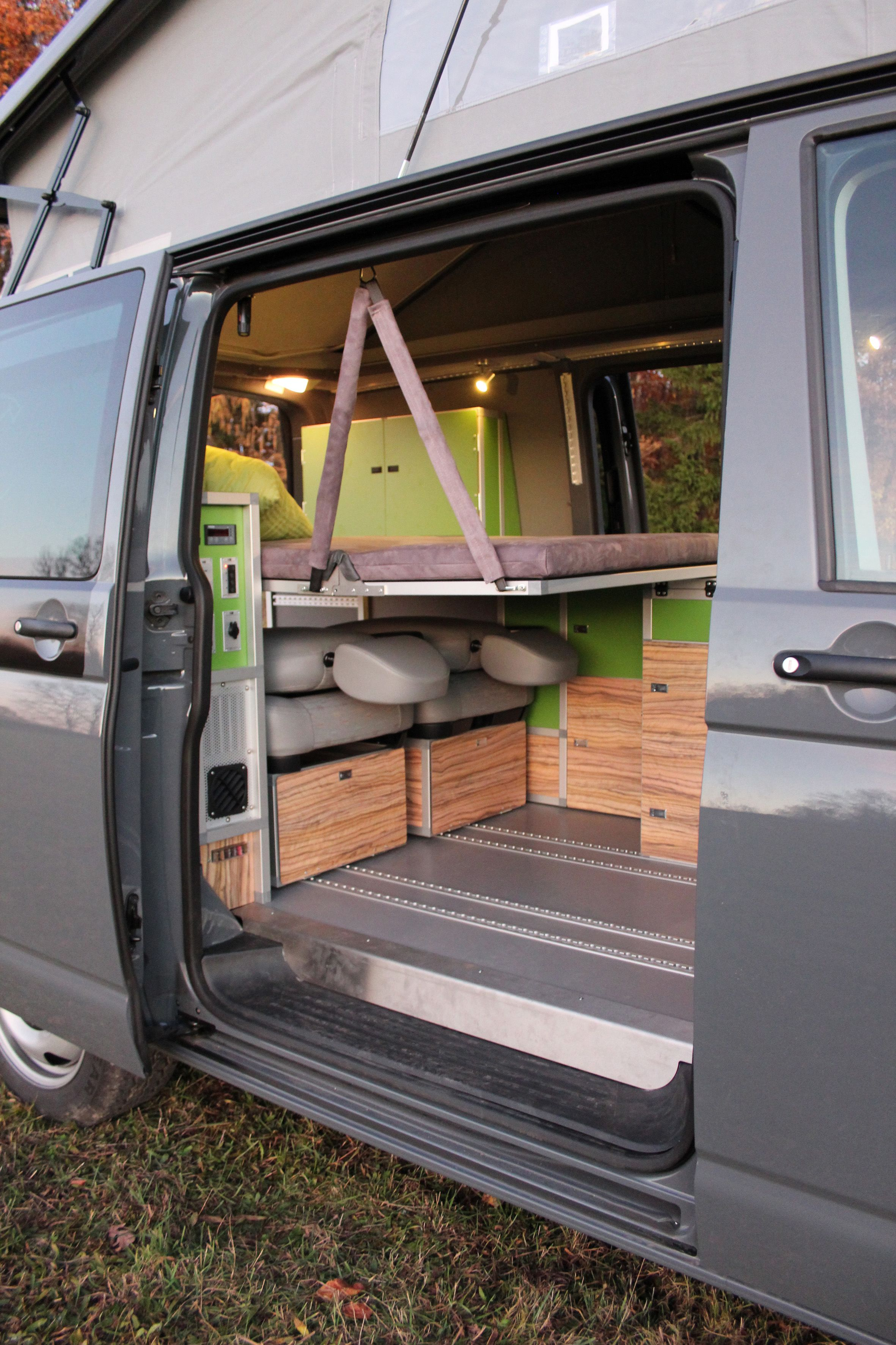 pin by angela hicks on house truck van camping minivan. Black Bedroom Furniture Sets. Home Design Ideas