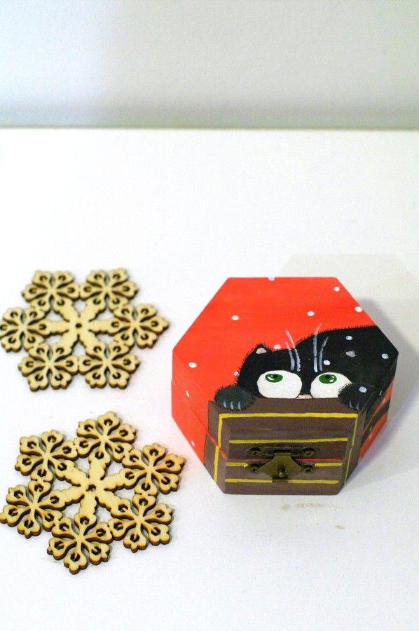 Cute Christmas jewelry gift box Childrens jewelry box cat wooden