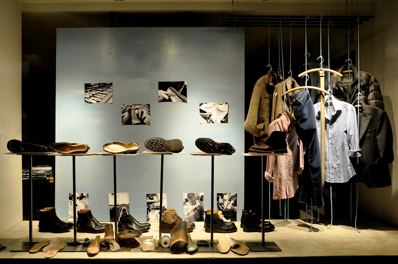Schaufenster schuhe store window pinterest for Schaufenster dekorieren