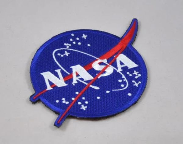 Barato Eua National Aeronautics and Space Administration NASA moral Patch emblema bordado 3D militar Armband Velcro Backside, Compro Qualidade Apliques diretamente de fornecedores da China:             Pls gentilmente perceber isso antes da licitação                   1).            Sem número de rastreamento