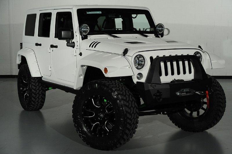 2014 Jeep Wrangler Unlimited In White Kevlar Custom Fender Flares