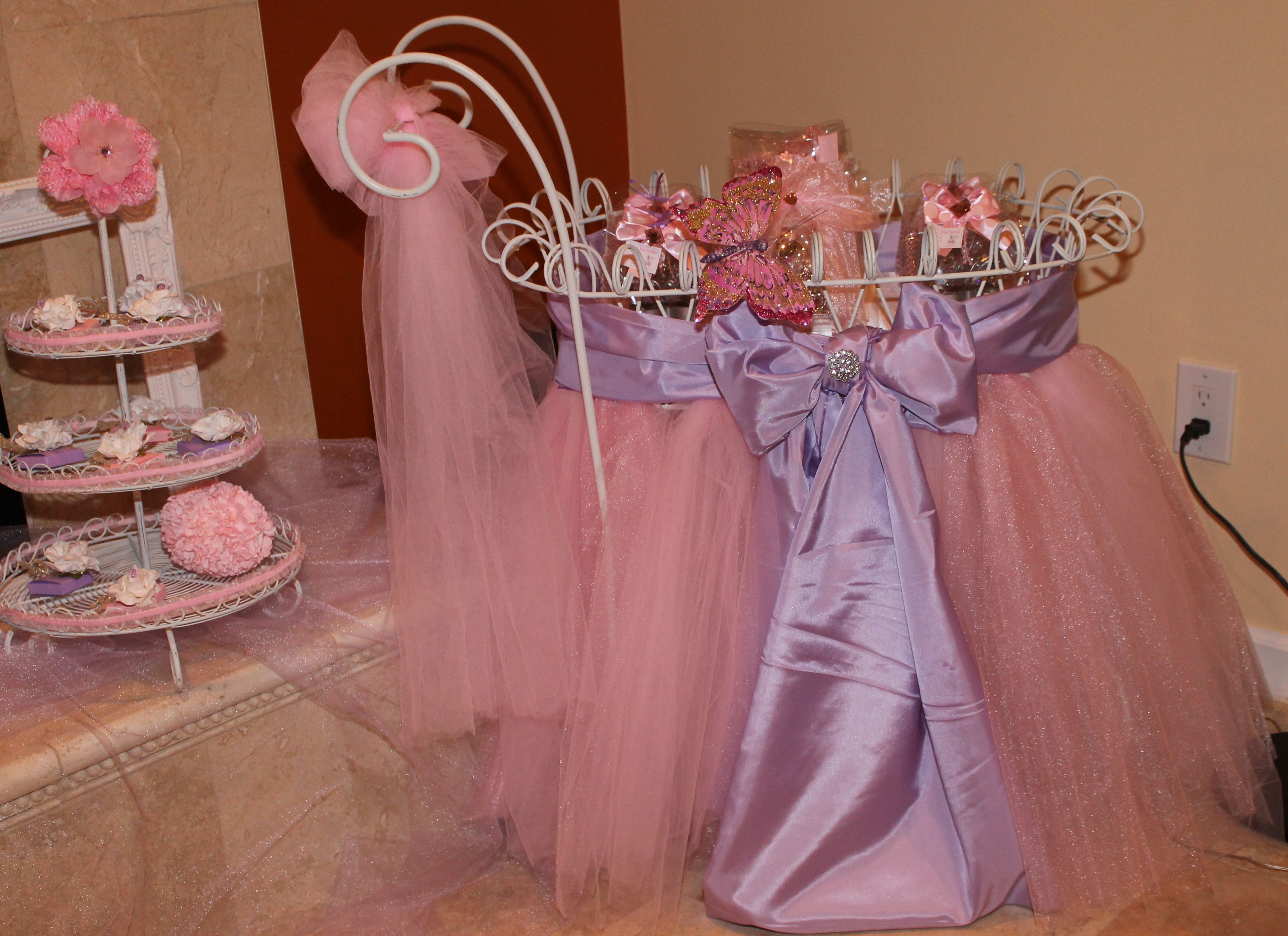 creative baby shower centerpieces Custom decorated